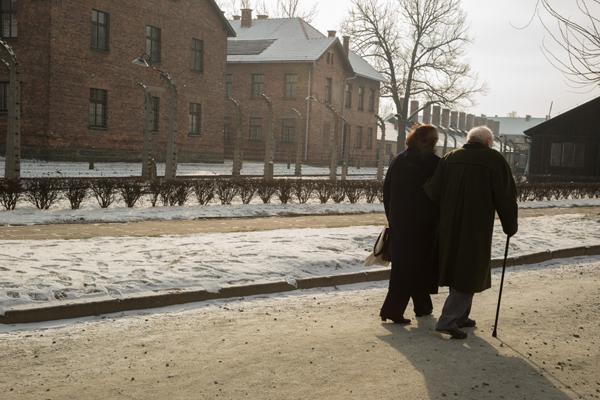 A couple in Auschwitz