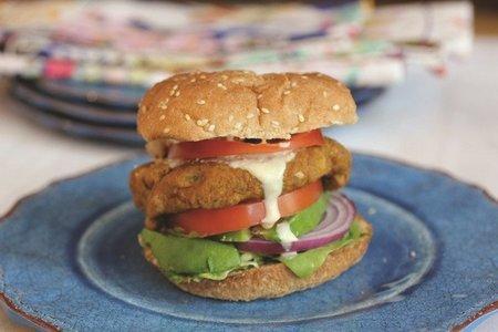 rsz_18p_recipies-sweet-potato-veggie-burger