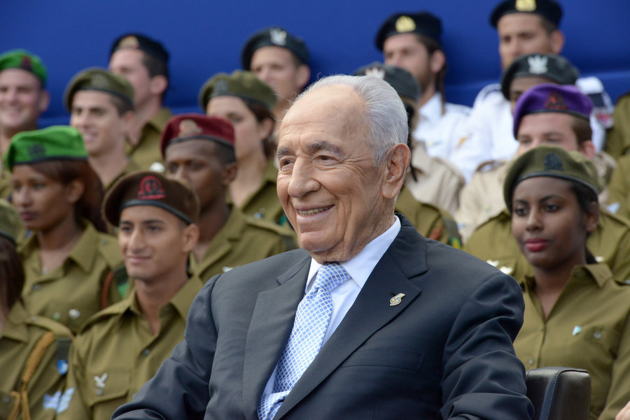 Day of Independence celebrations at President Shimon Peres celebrates Israel's Independence Day in 2013. Photo by Ben Gershom / Israel Government Press Office