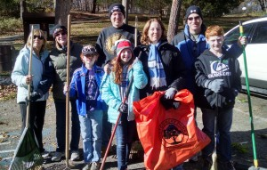 Temple Beth Ami of Rockville congregants perform tikkun olam by cleaning a park. Photo provided.