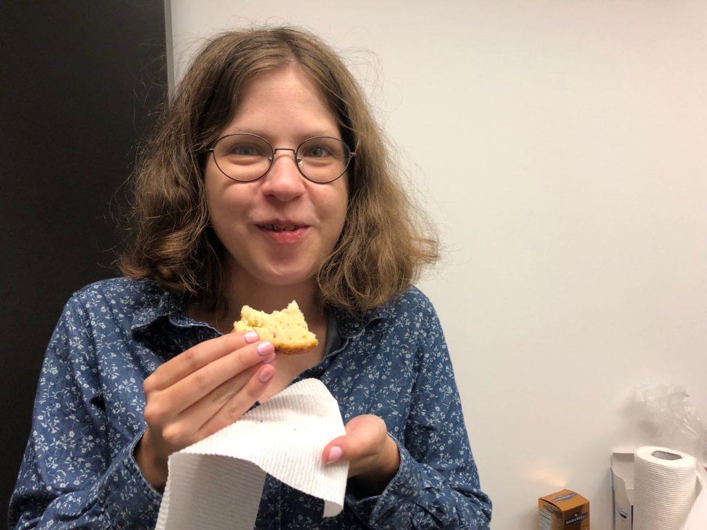 Samantha tastes lemon cake