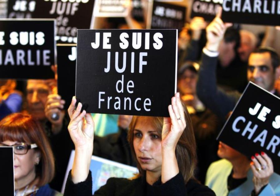 "Contemporary French and American Jewish Life: The End of the ""Liberal Narrative"""
